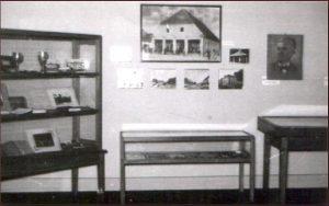 Erste Dauerausstellung des Museums der Đakovo Region aus dem Jahr 1952.